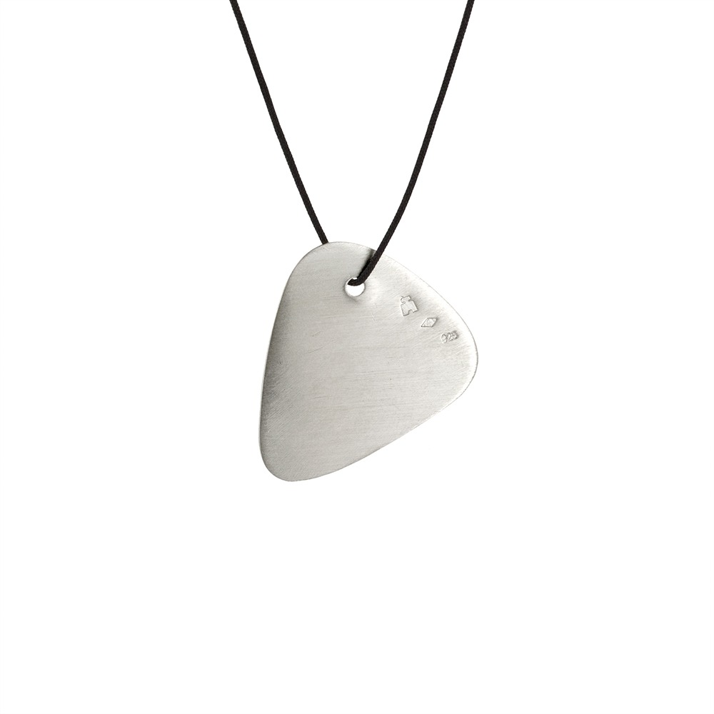collier homme mediator
